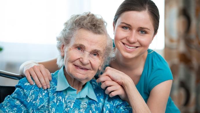 نگهداری و مراقبت از سالمند