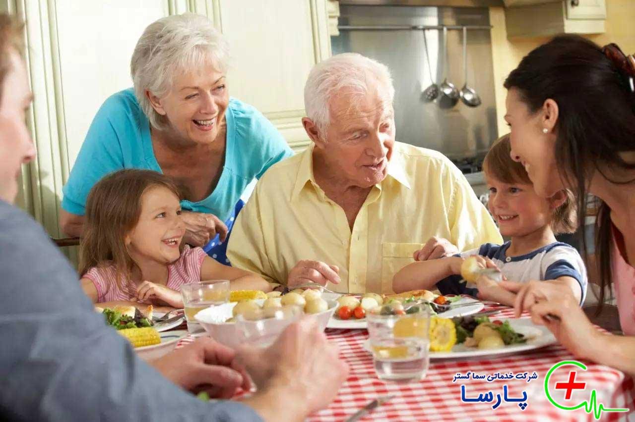 چگونه اوقات فراغت سالمندان را پر کنیم