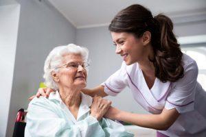 ویژگی های خدمات سالمند، کودک