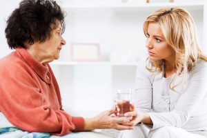 نکاتی در مورد مراقبت از سالمندی که آلزایمر دارد