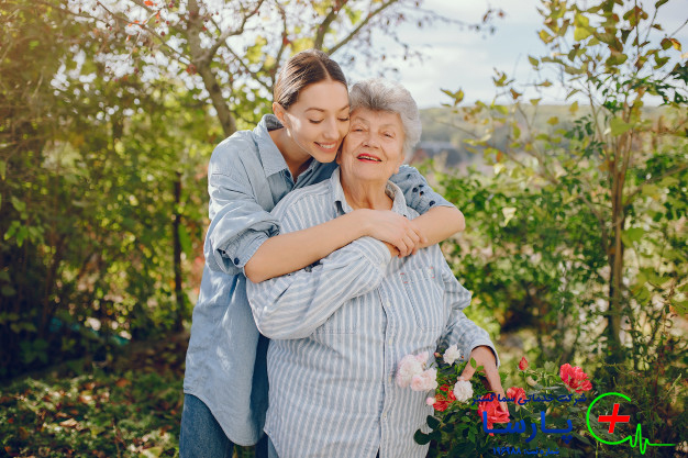 تاثیر نگهداری سالمند در منزل بر روحیه آنها
