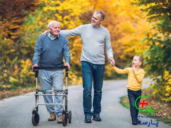 اهمیت نگهداری سالمند در منزل